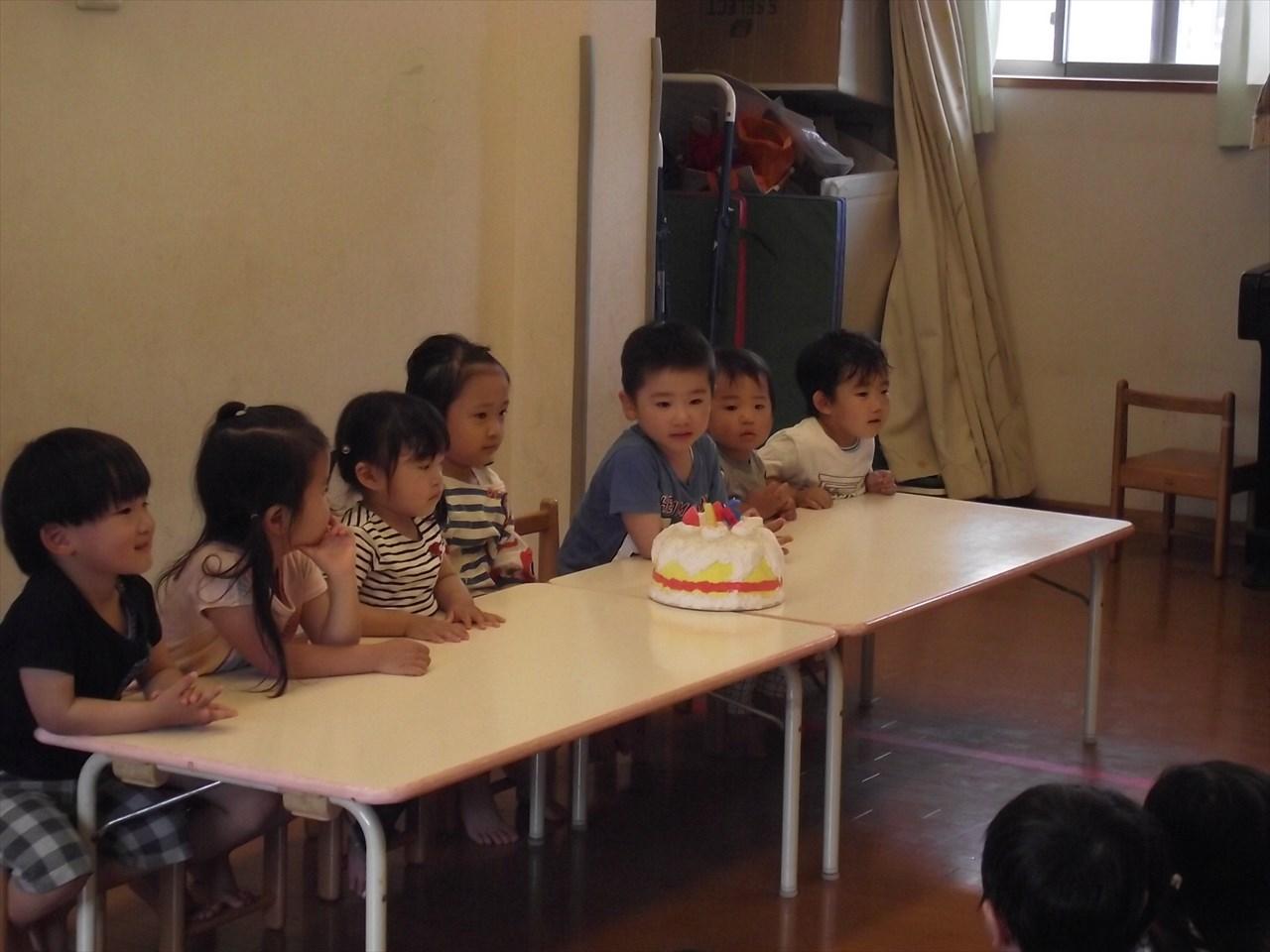 今日は5月生まれのお誕生日会。